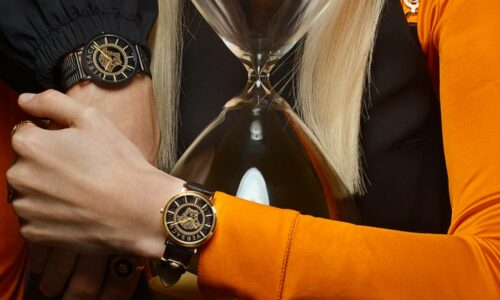 Versace_1000X600#BANNER_timemode_TIMEX_MODE_15Aprile_SS21_Q03